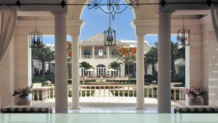 Regent Palms - lobby entrance